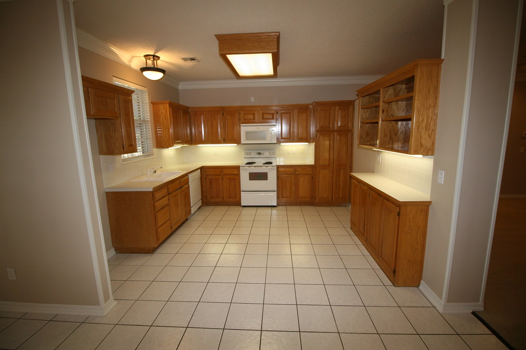 Kitchen, open to Den/Bonus area