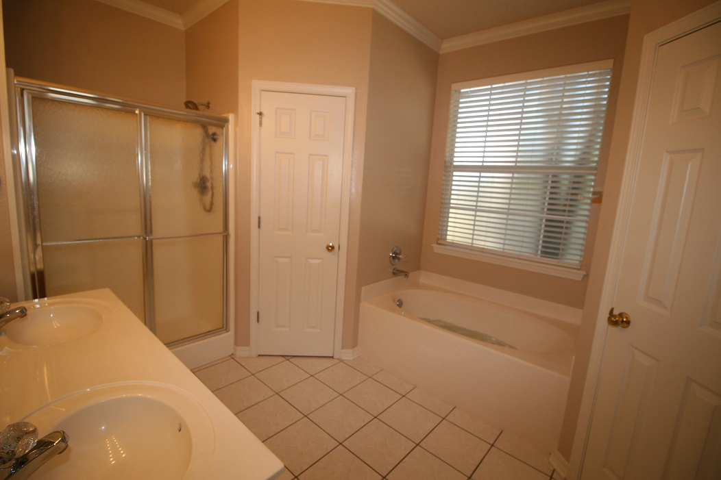 Master bath, whirlpool plus double shower